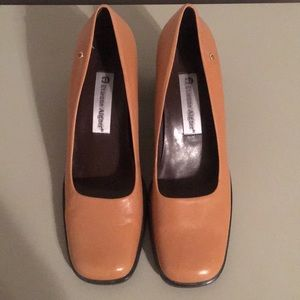 Aigner leather pumps size 7.5 N